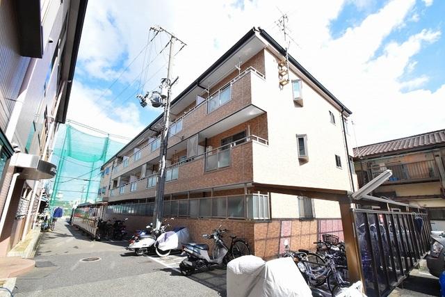 パークサイド高井田の外観