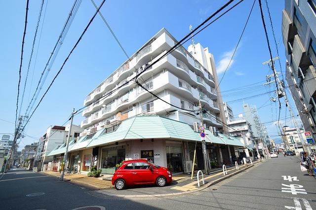 サンライフ小阪の外観