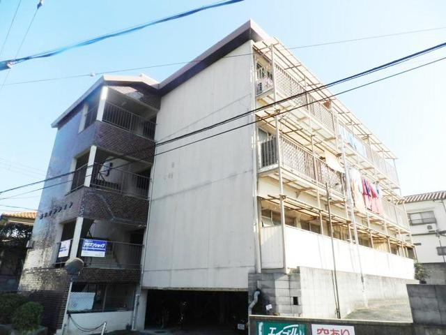岡田マンションの外観