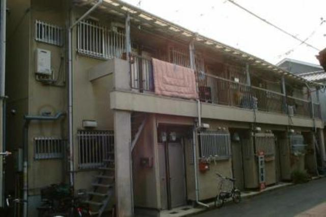 コーポラス芳村 A棟の外観