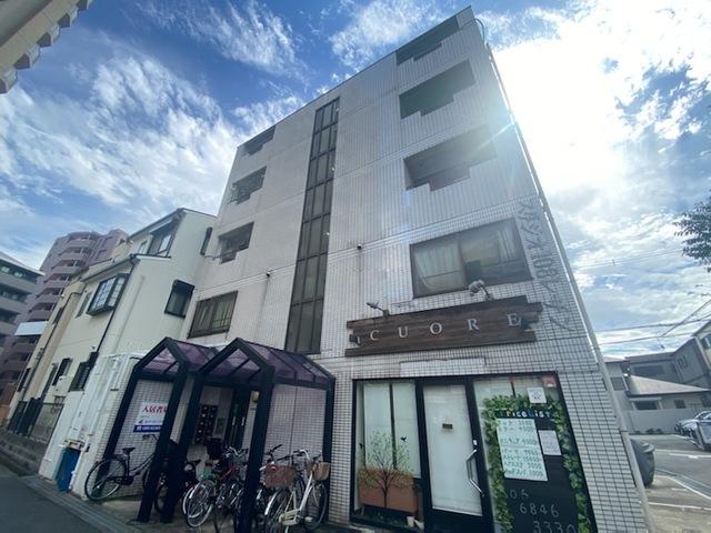 スタジオ108レザン中桜塚の外観