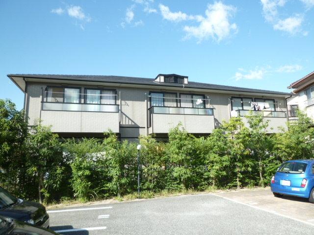 コンフォーレ上野西 B棟の外観