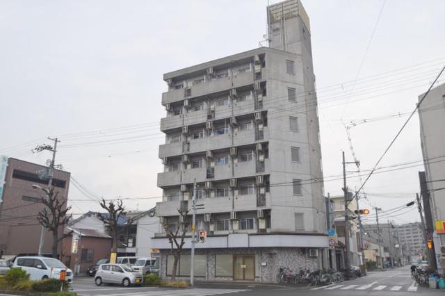 ビルディング2菅原の外観