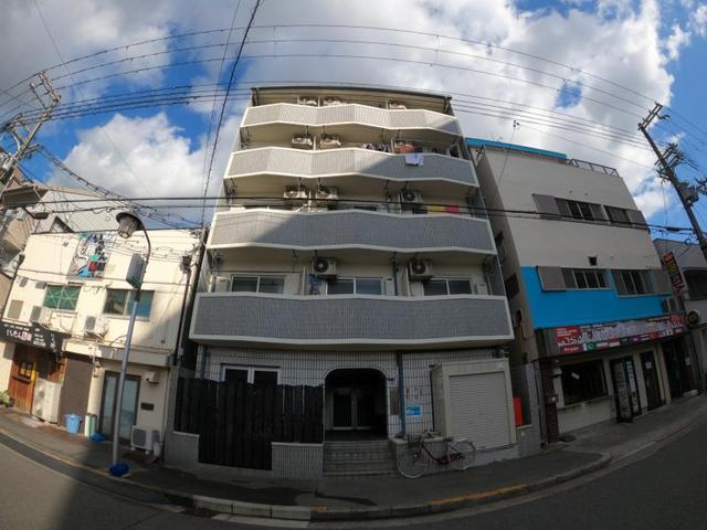 タウンハウス大阪西の外観