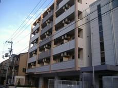 クリーデンス新大阪