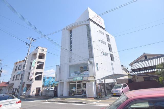 阪本ビルの外観