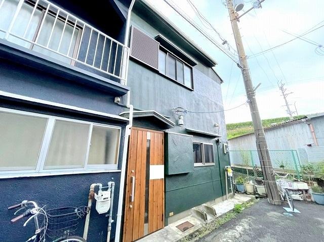 ロッヂi恵我之荘6丁目A号テラスハウスの外観