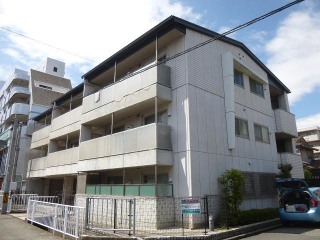 ファミーユ武庫之荘の外観