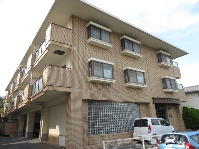 HIGASHIOマンションの外観