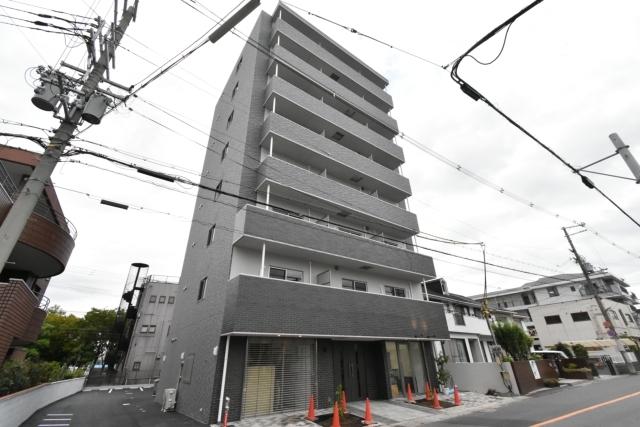 MANDARIN COURT 深井駅前の外観