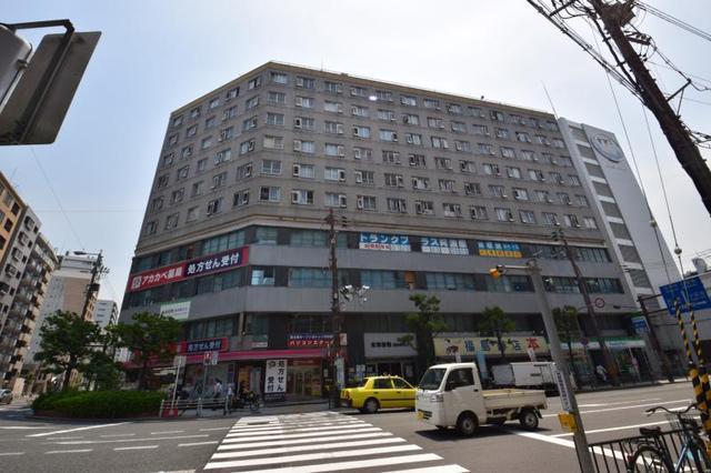 岡崎橋第二市街地住宅の外観