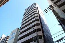 ララプレイス阿波座駅前...