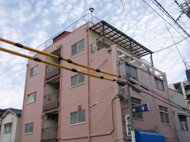 西田辺マンションの外観