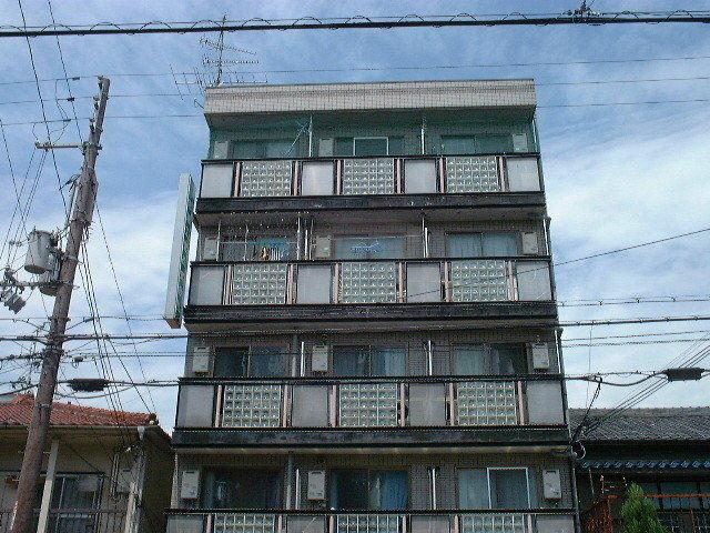 中百舌鳥ビルの外観