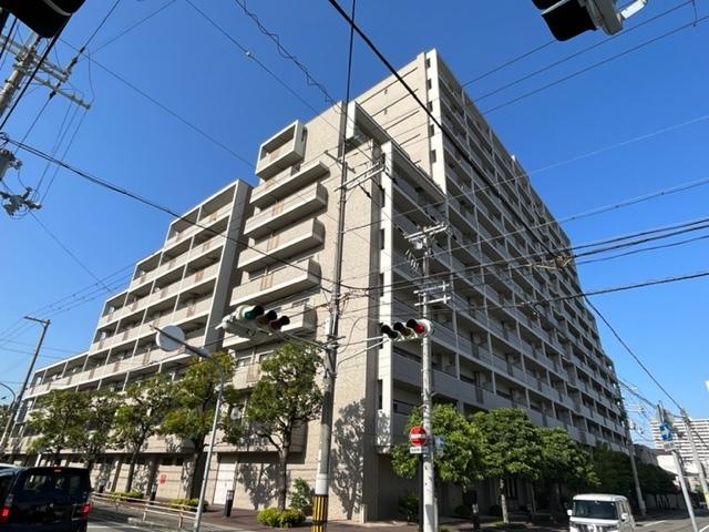 阪急西宮マンションの外観