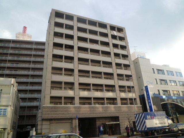 ダイドーメゾン阪神西宮の外観