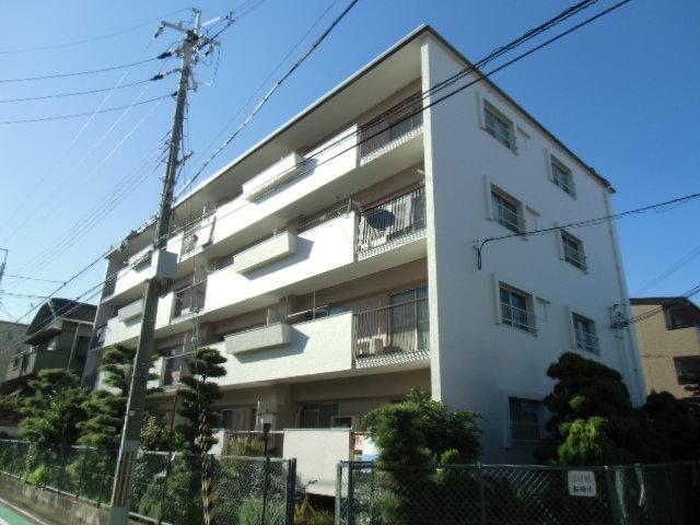 加島第1マンションの外観