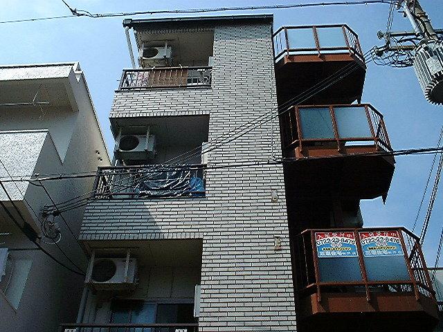 サンクス堺東2の外観