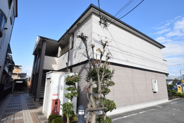 Tomy's court 北花田の外観