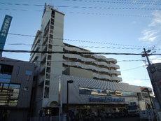 サンプラザ総持寺