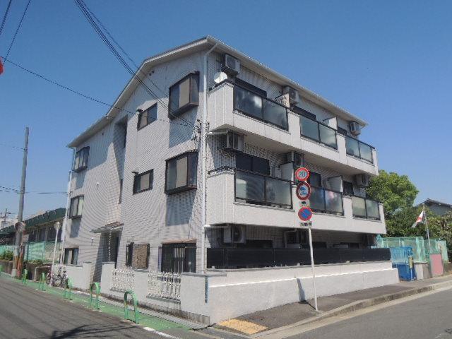 村井マンションの外観