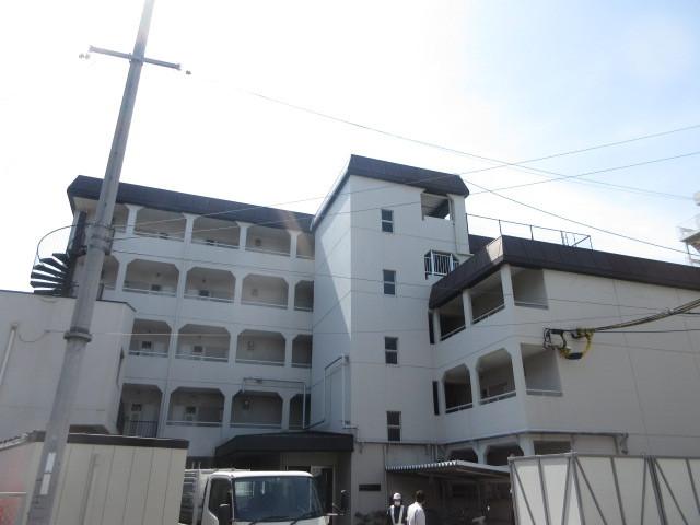 第3マンション南茨木の外観