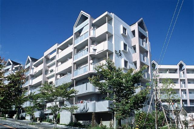 高槻・阿武山十番街-4の外観