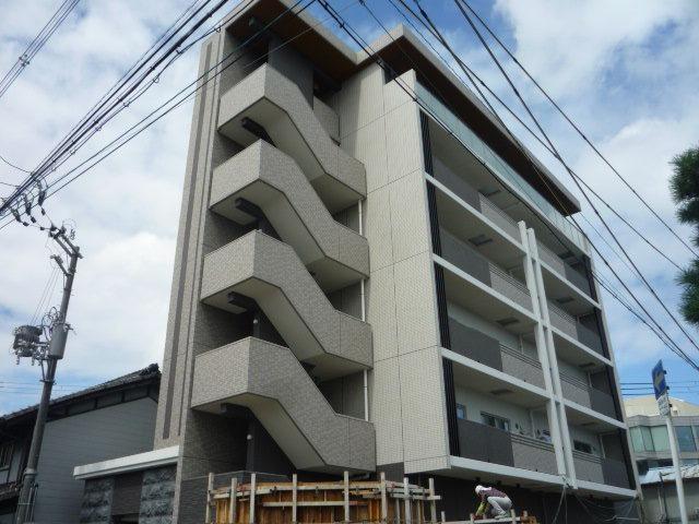 AZURE京口の外観