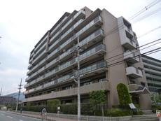 ユニハイム山崎1号棟