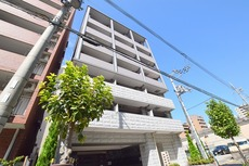 Mid Court 新大阪