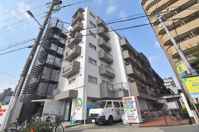 新大阪末広第1ハイツの外観