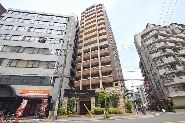 プレサンス新大阪ステーションフロントの外観