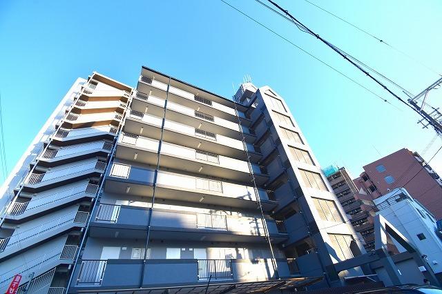 グランメール新大阪の外観
