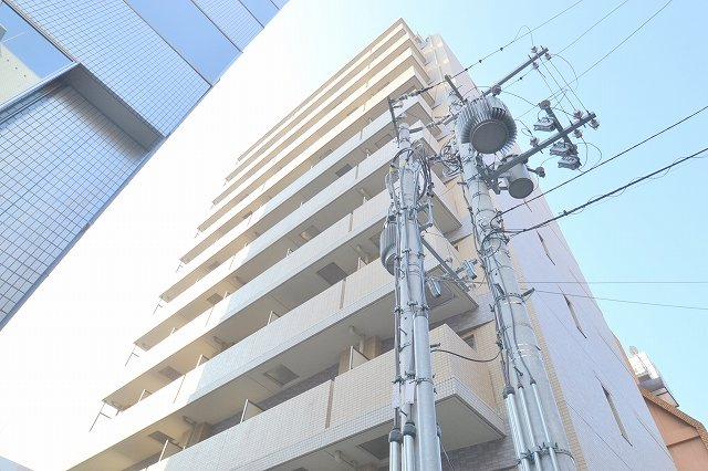 S-FORT新大阪ravirの外観