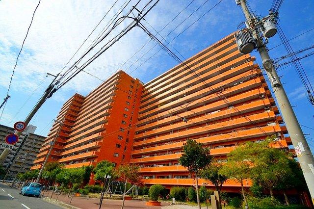 ライオンズマンション新大阪第6の外観