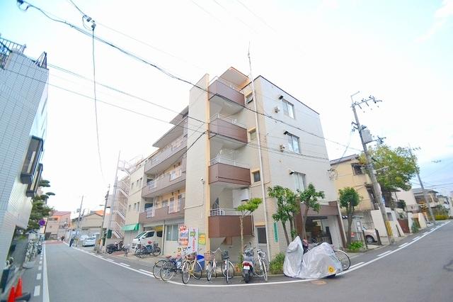 谷田十三マンション の外観