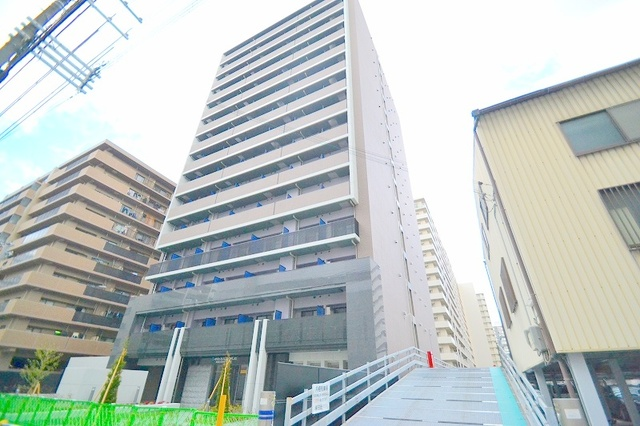 S-RESIDENCE新大阪WESTの外観
