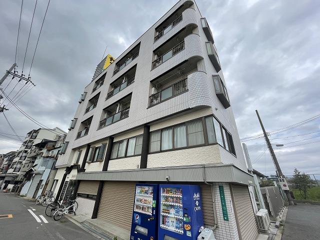 サニーライフ北大阪の外観