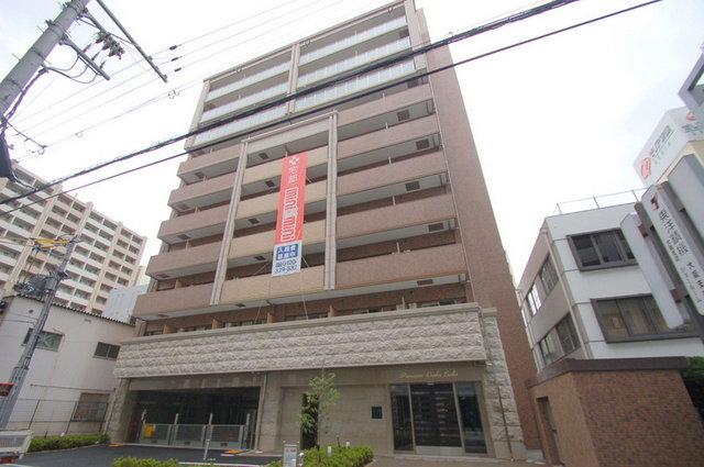 プレサンスOSAKA江坂の外観