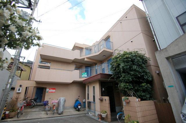 海江田マンションの外観