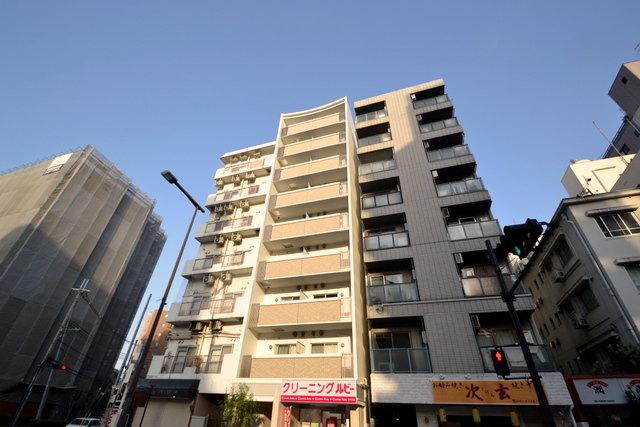 フィールドイン新大阪の外観