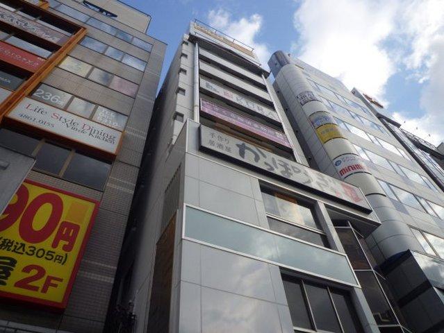 コーポ江坂ビルの外観
