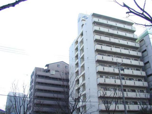 クラウンハイム新大阪の外観