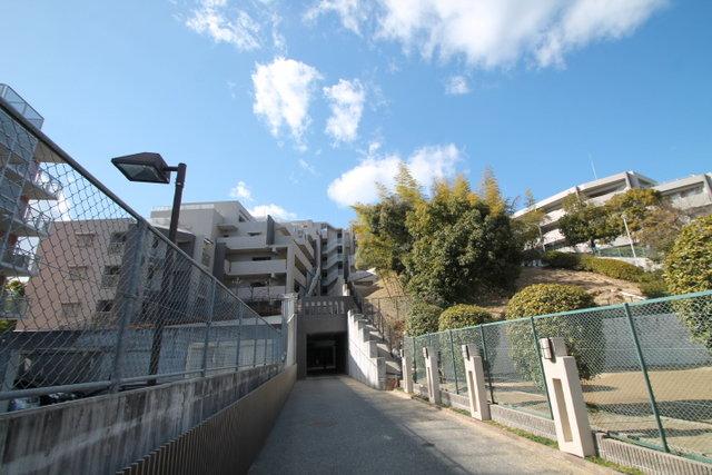 M'PLAZA桃山台ガーデンヒルの外観
