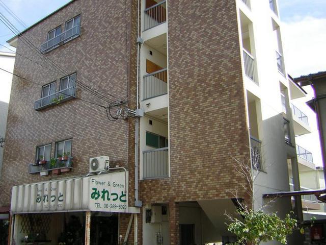 橋本マンションの外観