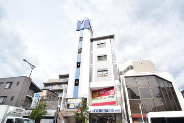 アーカスデイズ茨木の外観