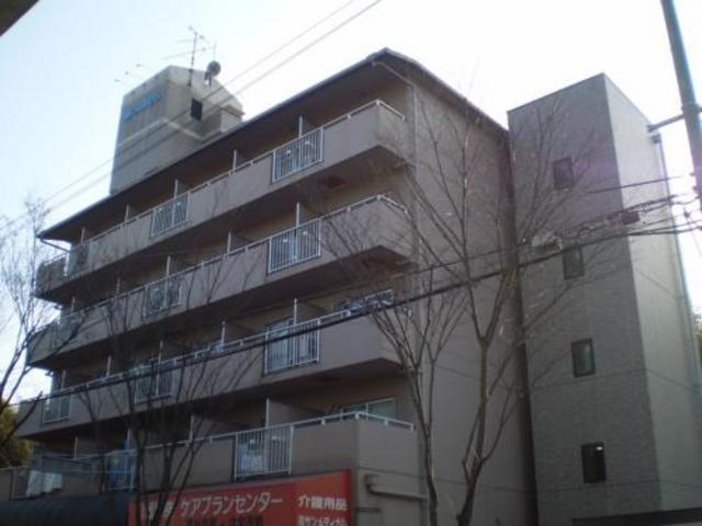 美穂ケ丘阪田ハイツの外観
