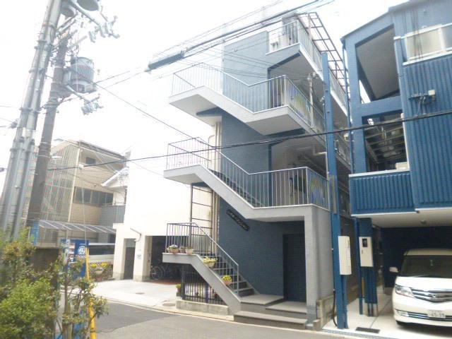 山崎第1マンションの外観