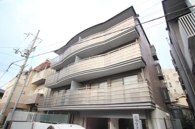 エスタ桜塚 A棟の外観