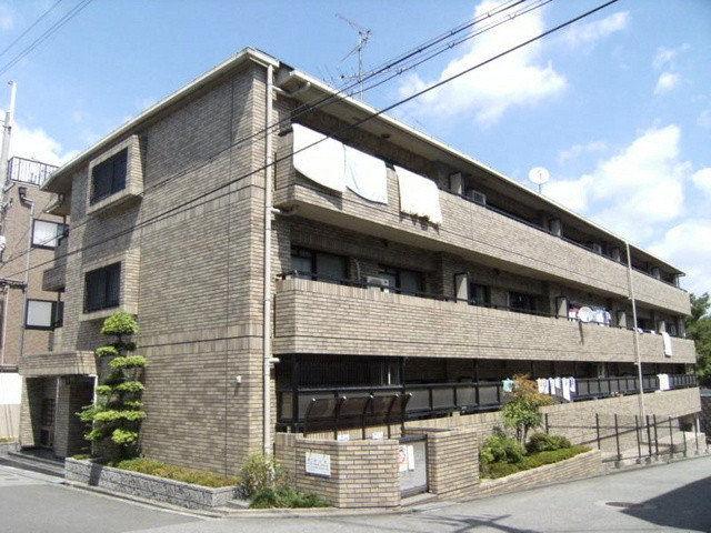桜塚ミナミこよしマンションの外観
